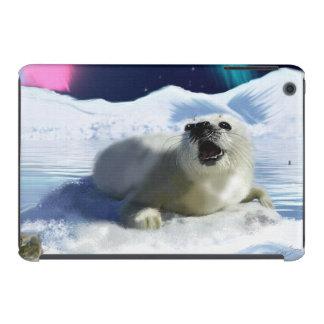 Cute Harp Seal & Ice Art for Wildlife Supporters iPad Mini Case