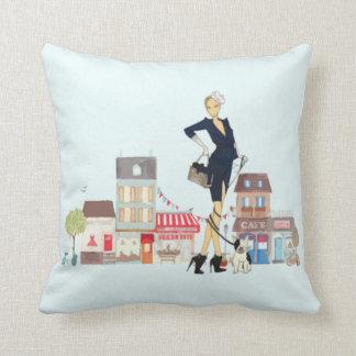 "Cute ""I love to shop"" Throw Pillow"
