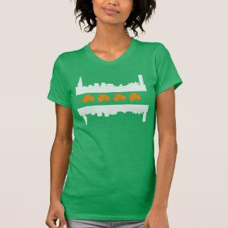 Cute Irish Chicago Skyline Flag St Patrick's Day T-Shirt
