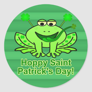 Cute Irish Saint Patrick's Day Frog Classic Round Sticker