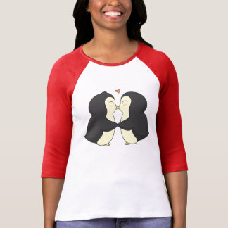 Cute Kissing Penguins T-Shirt