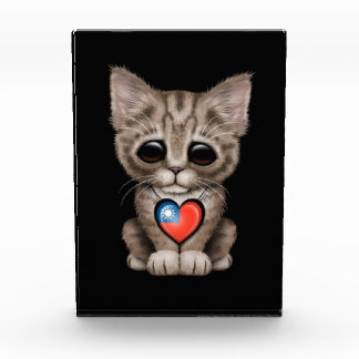 Cute Kitten Cat with Taiwanese Flag Heart, black Awards