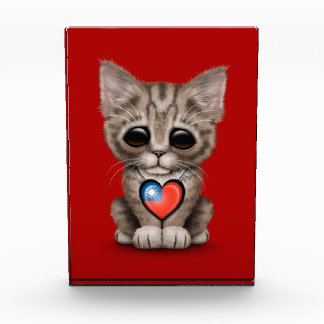 Cute Kitten Cat with Taiwanese Flag Heart, red Awards