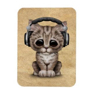 Cute Kitten Dj Wearing Headphones Magnet