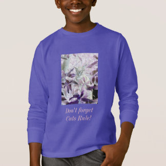 Cute Kitten in the bushes, purple abstract art T-Shirt
