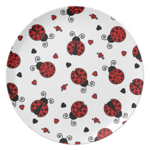 Cute Ladybug and Hearts Pattern Plates