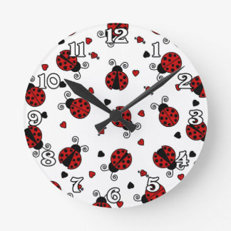 Cute Ladybug and Hearts Pattern Round Clock