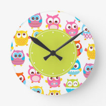 Cute Litte Owls Green Label Round Clock