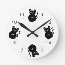 Cute Little Mouse Kid's Bedroom Round Clock