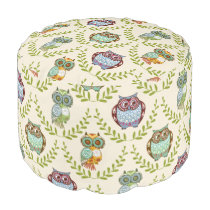 Cute Little Owls & Green Wreath Seamless Pattern Pouf