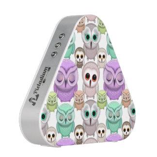 Cute Little Owls in Pastel Colors Bluetooth Speaker