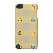 Cute Little Owls on Tan and Yellow Background iPod Touch (5th Generation) Case