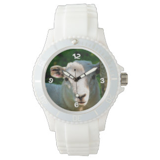 CUTE LITTLE SHEEP WRIST WATCH