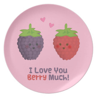 Cute Love You Berry Much Pun Humor Dinner Plate