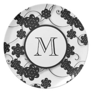 Cute Mod Black Flowers Pattern, Your Initial Party Plates