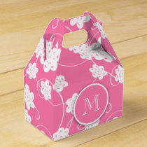 Cute Mod Pink Flowers Pattern, Your Initial Favor Box