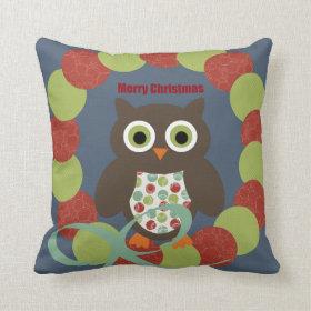 Cute Modern Owl Wreath Merry Christmas Pillow