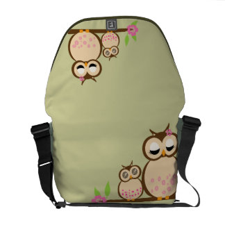 Cute Mom and baby owl Courier Bag