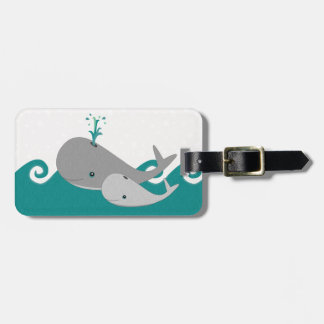 Cute Moma and Baby Whale on the Waves Luggage Tag