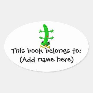 Cute newt nibbling nachos oval sticker