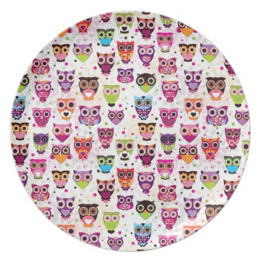 Cute owl background pattern for kids dinner plate