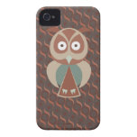 Cute owl on wavy background iPhone 4 covers