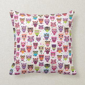 Cute owl retro pattern birds design pillows