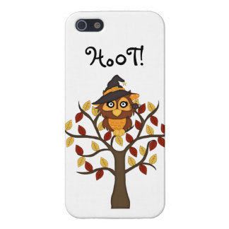 Cute Owl sitting in a Tree-Halloween/Fall iPhone SE/5/5s Cover