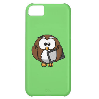 Cute Owl with Ereader Tablet with Green Background iPhone 5C Cover