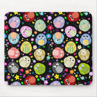 Cute Owls and Flowers pattern mousepad - Black