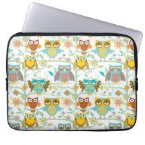 Cute owls crew laptop sleeve