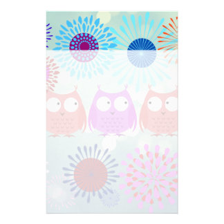 Cute Owls Looking at Each Other Flower Design Stationery