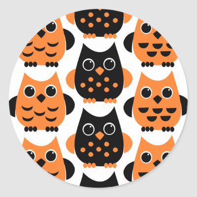 Cute Owls say BOO! Round Stickers