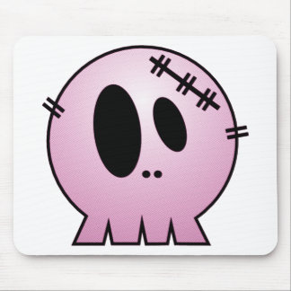 CUTE PATCHY SKULL - PINK MOUSE PAD