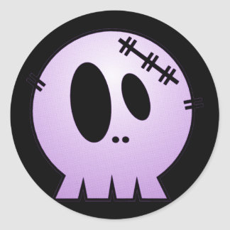 CUTE PATCHY SKULL - PURPLE CLASSIC ROUND STICKER