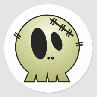 CUTE PATCHY SKULL - YELLOW CLASSIC ROUND STICKER