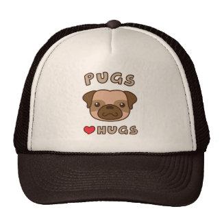 Cute Pugs love hugs, for puppy lovers Trucker Hat