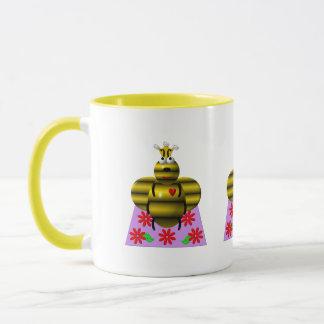 Cute queen bee on a quilt mug