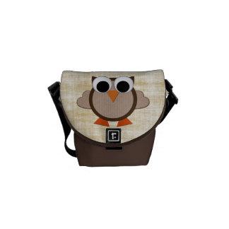 Cute Retro Owl Brown Messenger Bag