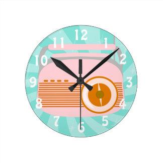 Cute Retro Radio Round Clock