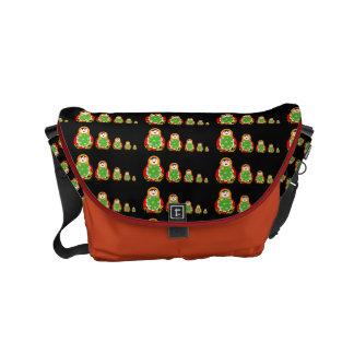 cute Russian nesting dolls pattern Small Messenger Bag