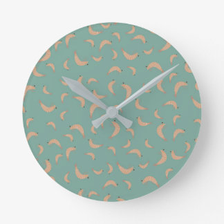 Cute shrimps - vintage colors round clock