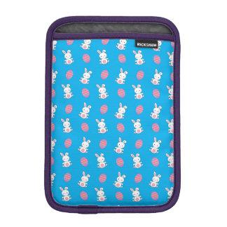 Cute sky blue baby bunny easter pattern iPad mini sleeves