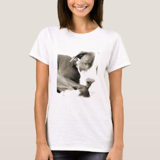 cute sleepy lazy pit bull dog T-Shirt