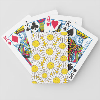 Cute Smiling White Daisy Pattern Playing Cards
