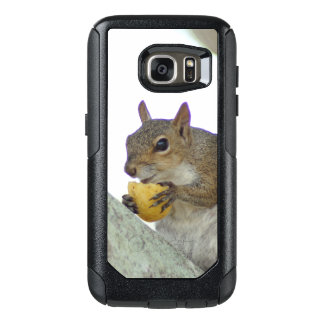 Cute Squirrel eating OtterBox Samsung Galaxy S7 Case