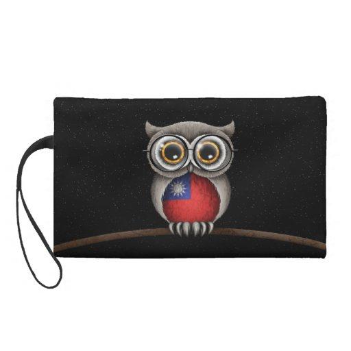Cute Taiwanese Flag Owl Wearing Glasses Wristlet Purses