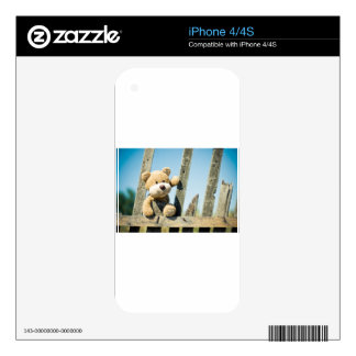 Cute Teddy Skin For The iPhone 4S