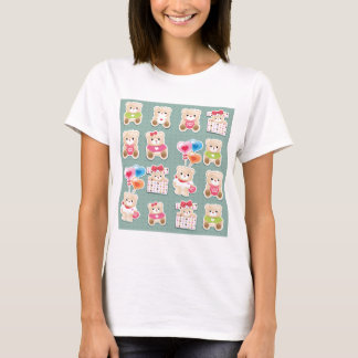 Cute teddy to bear Pattern on green background T-Shirt