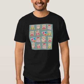 Cute teddy to bear Pattern on green background Tee Shirt